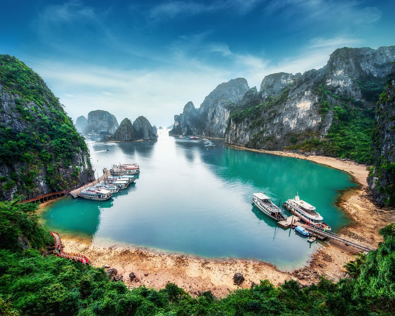 La bahía de Ha Long, Mar de China Meridional, Vietnam, Sudeste de Asia
