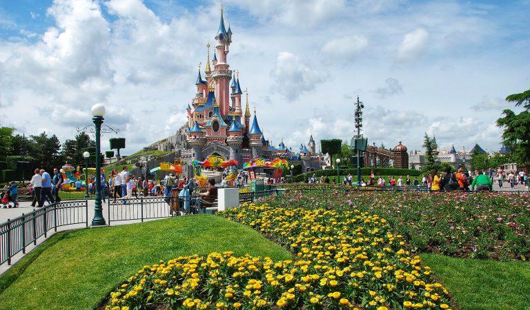 Todo lo Que Debes Saber Antes de Viajar a Disneyland París